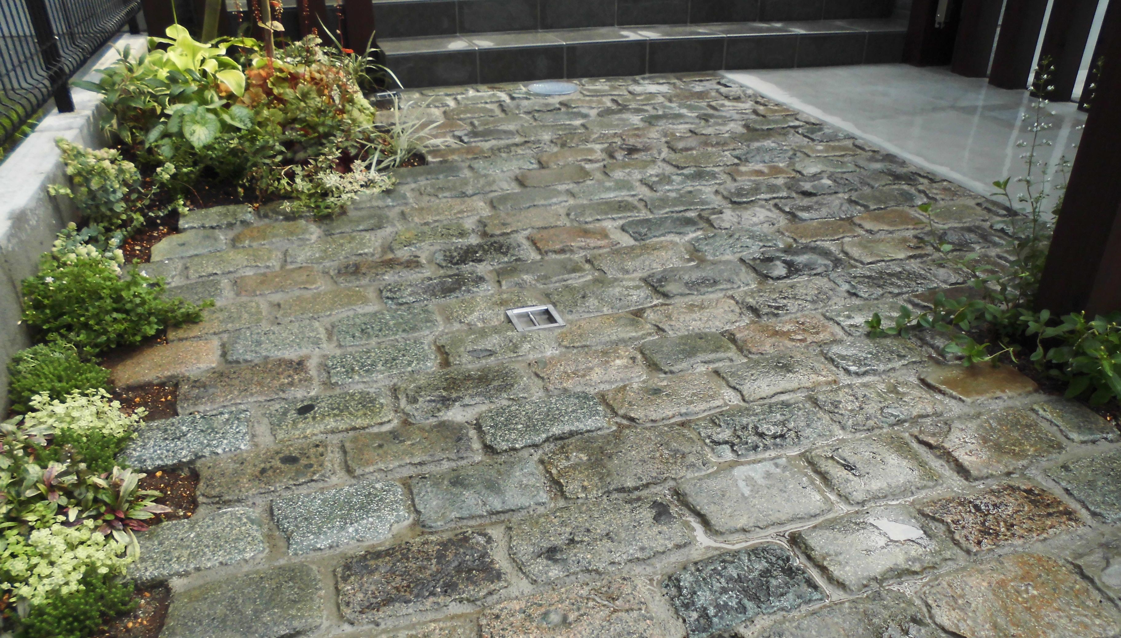 アンティークの石畳舗装