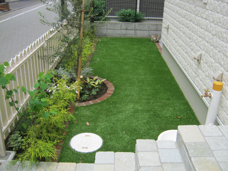 ローメンテナンス人工芝の庭