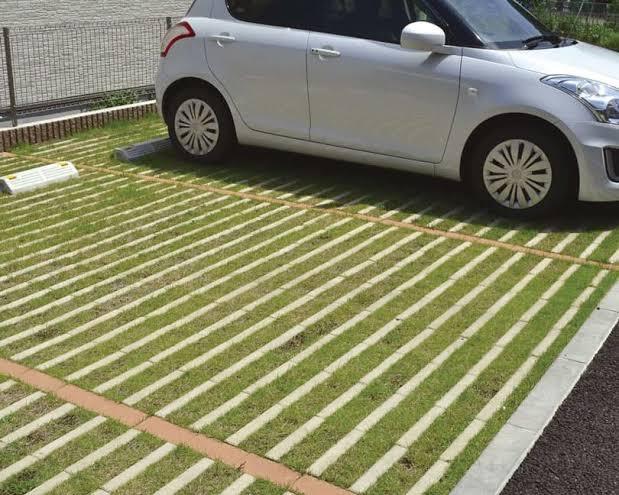 駐車場にも緑を取り入れよう!!